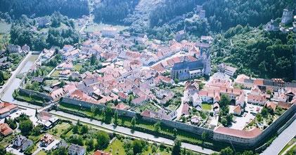 Luftaufnahme der Friesacher Altstadt