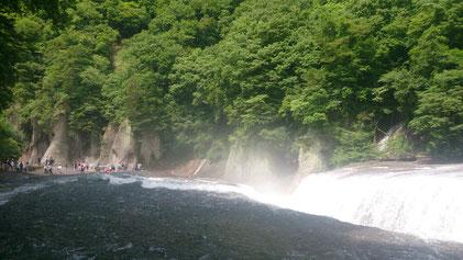 吹割の滝画像