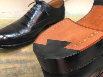 shoerepairViragon 靴修理ヴァラゴン : トップリフト(かかと)交換 : CHEANEY(チーニー)