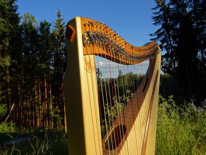 kleine Harfe mit 32 Saiten, Reiseharfe Luna