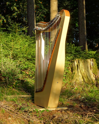 small travel harp 32 strings