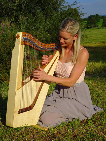 Travel harp Luna 32 strings, small harp