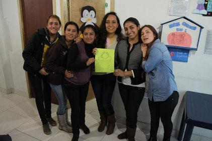 Junge Frauen im YMCA Bogotá