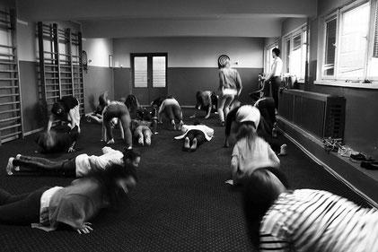 Lors d'un atelier Théâtre FLE avec des jeunes de Pologne en été 2014