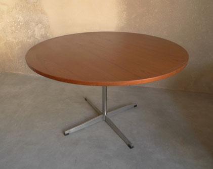 JOLI, table ronde teck chrome, pied métal