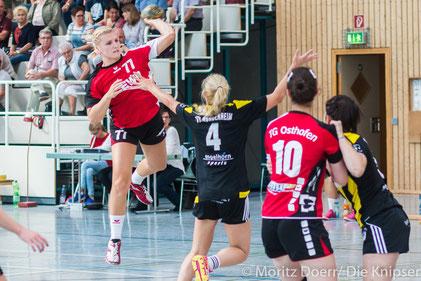 Am Ball: Elena Weick für die TGO Damen 1.