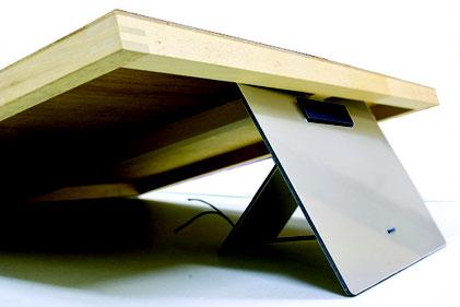モチツに木製パネルをセットしたイメージ