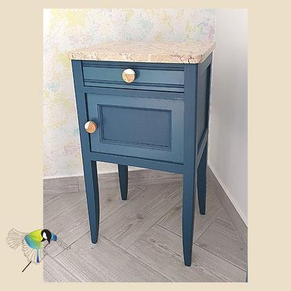 avec presque rien, table de nuit, bleu, upcycling, arbre beige, bleu, crea terra