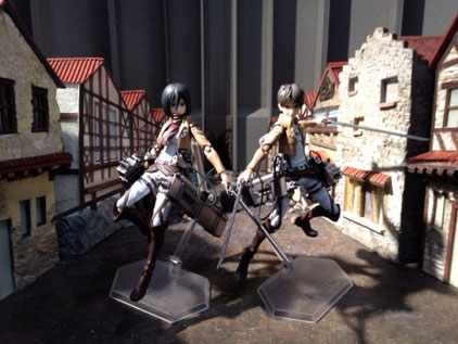 Special animation figures Eren Yeager and Mikasa Ackerman of Attack on Titan