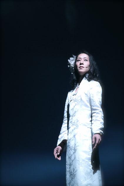 BIJOU as Angel at 上海外灘・・GOH IRIS WATANABE