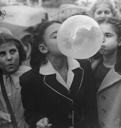 Bubble. Bob Landry, 1946.