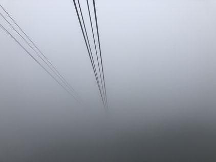 ロープウェイから霧