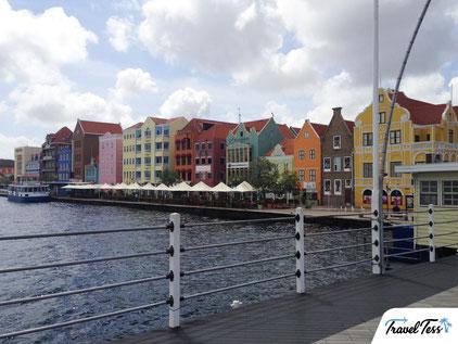 Kleurrijke boulevard Willemstad