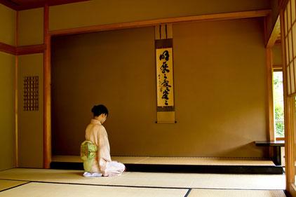 正座で腰痛が悪化した奈良県葛城市の女性