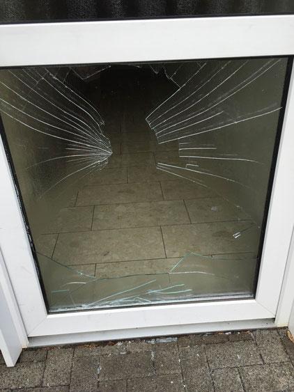 SOS Notverglasung, Glaszuschnitte, Reparaturschnellservice, Fensterbau Königswinter, Honnef, Hennef, Siegburg, Bonn