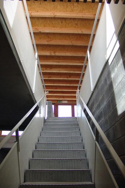 Escalier béton et ferronneries