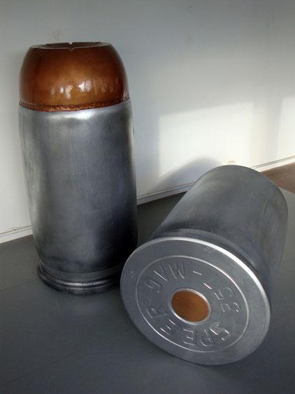 Bullets, civiliser ses humeurs ~~ 2014 - résines et bois - 2 x 70x145cm