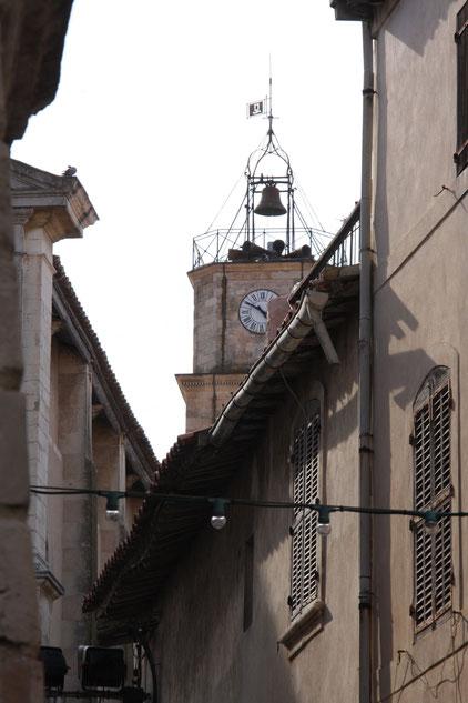 Bild: Glockenturm von Église Ste-Madeleine-de-l´Ile in Martigues