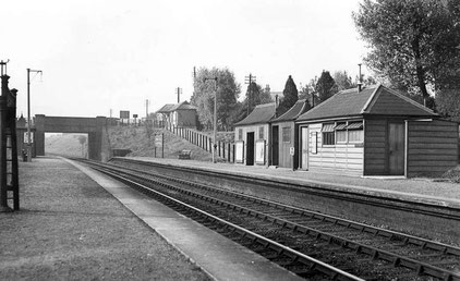 Wythall Station 1935 - photograph from P Hopkins on Mike Musson's Warwickshire Railways website
