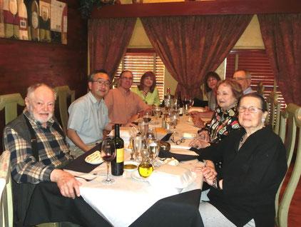 ペーテル、村上、ピーター・ヘニングス夫妻、ディードラ・ハリス夫妻、ヘニングスのお義母さん、ディードラのお母さん