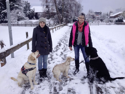 Elisabeth Linger, Brigitte Burgstaller, diplomierte Hundetrainerin, Assistenzhundetrainin,