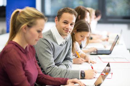 Die Verbindung zwischen Studierenden und Unternehmen ist eine Win-win-Situation für alle Beteiligten. Foto: Hochschule Worms