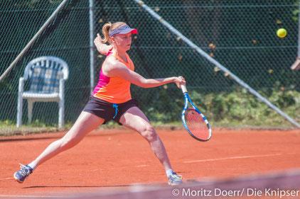 Lisa Stiebing für die TGO Tennis Damen.