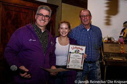 Dort wurde Senta Weißert als eine von viern für 11 Jahre passive Mitgliedschaft geehrt.