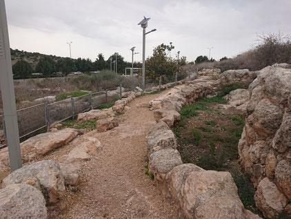 Раскопки жилой улицы в Ум Эль Умдан