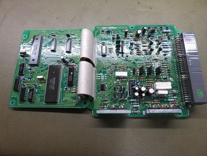 ランドクルーザー エンジン不調 ECU修理  89661-60250(175800-1296)