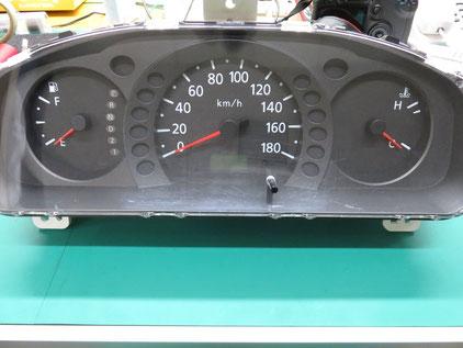 日産 キャラバン E25 燃料メーター上がったまま 修理