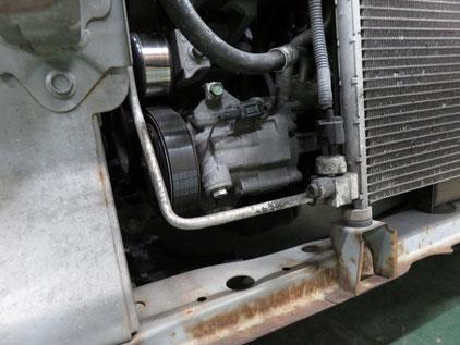 日産ノート エアコン修理 ガス漏れ