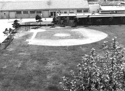 Il campo da baseball all'interno della base americana Passalacqua del 1965 (Foto per gentile concessione di Peter Mutascio di Boston)
