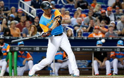 Nella foto Giancarlo Stanton (Wilfredo Lee/Associated Press)