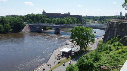 Grenzübergang Ivangorod (RUS) - Narva (EST)