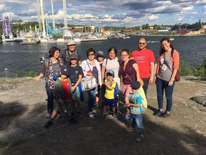 "Matea Renic (rechts) bei einem Ausflug in Stockholm mit dem Caritas ""Mötesplats"""