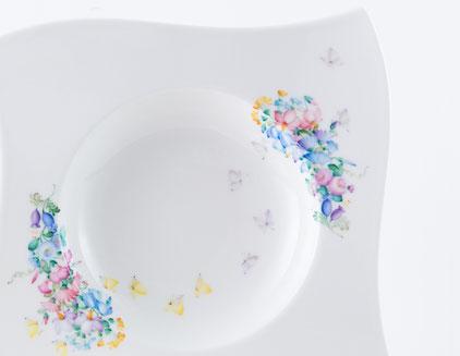小花をモチーフにした絵付け展 ナガヤサチコ作品