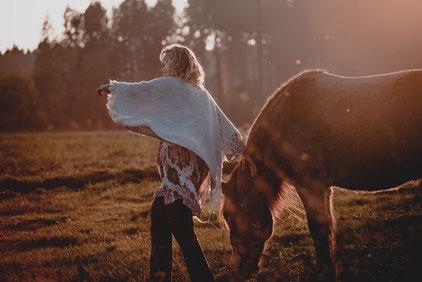 Potentialentfaltung, Persönlichkeisentwicklung mit Pferden, Coaching München, Seminar mit Pferd, Potential, Vision, Bestimmung, Berufung