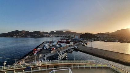 Blick vom Schiff auf den Hafen von Mindelo