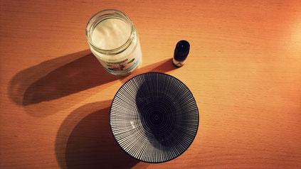 Préparation antipelliculaire avec huile essentielle de Manuka