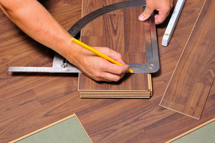 Fußboden Erneuern ~ Der richtige bodenbelag für starke oder geringe belastung