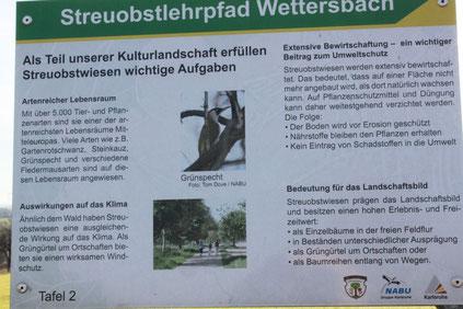 auf dem Wettersbacher Streuobst-Lehrpfad (G. Franke)