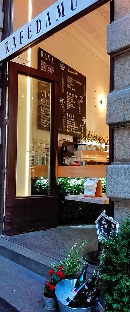 Kafe Damu Prague Coworking Space