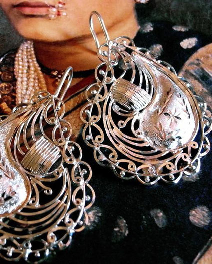 Devasree earrings: solid-fil & filigree, sterling-silver, floral design with scollops, scrolls, swirls, point-work, etching & stippling