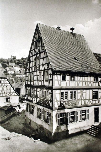 1930, Blaues Haus, Bild: Klaus Rosental
