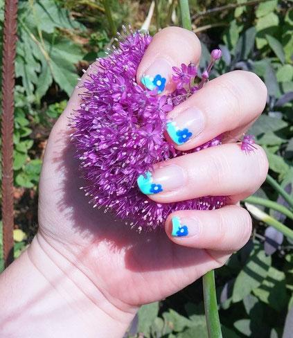 nailart-fleurs-kawaii-LesAteliersDeLaurene