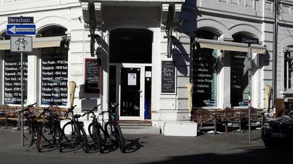 Meeting Point Sophienstrasse Ecke Hirschstrasse!