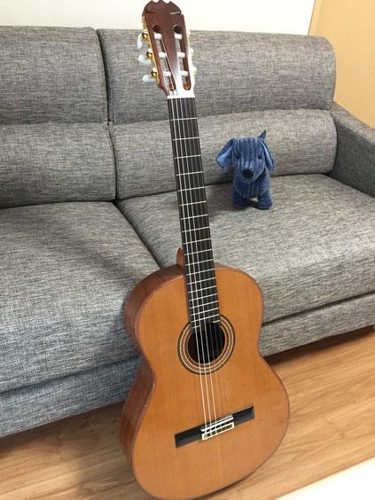 弦の交換(クラシックギターの弦の張り方)完了