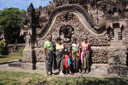 Visite du temple de Pura Beji