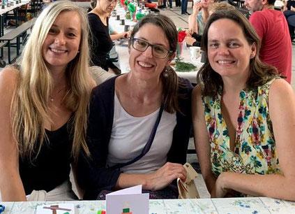 Gruppenfoto des Kindergottesdienst-Teams: Wiebke, Simone und Sandra.